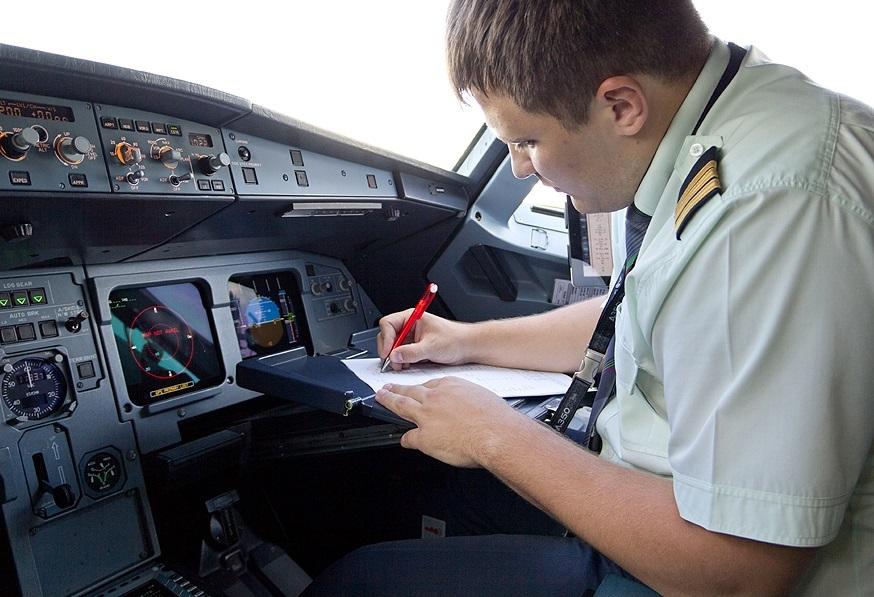 Предполетная подготовка летчиков