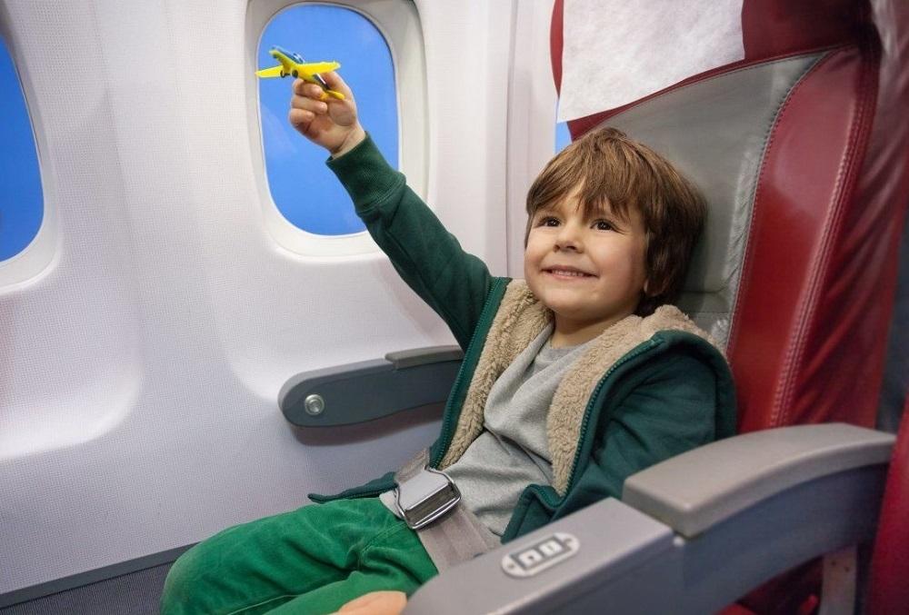 Как перевозить новорожденного в самолете